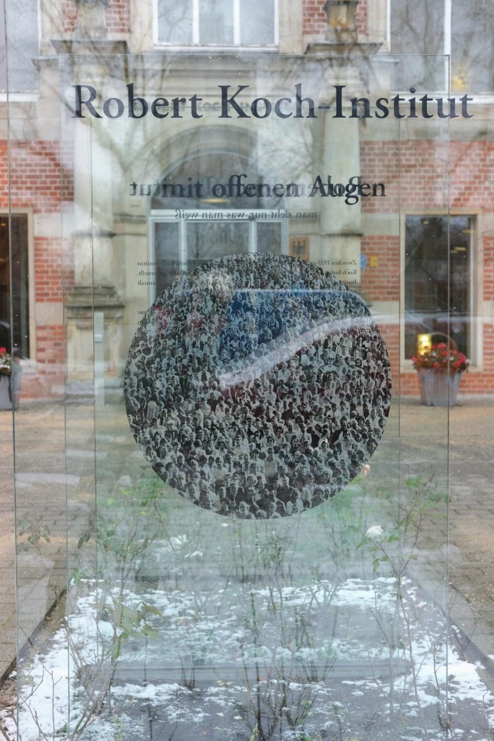 Entrada al Instituto Robert Koch en Berlín. EFE/EPA/Christian Marquardt