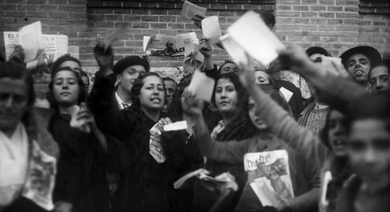 Un grupo de mujeres de las Juventudes Socialistas durante las primeras elecciones generales en las que hubo voto femenino, en noviembre de 1933. EFE/jgb