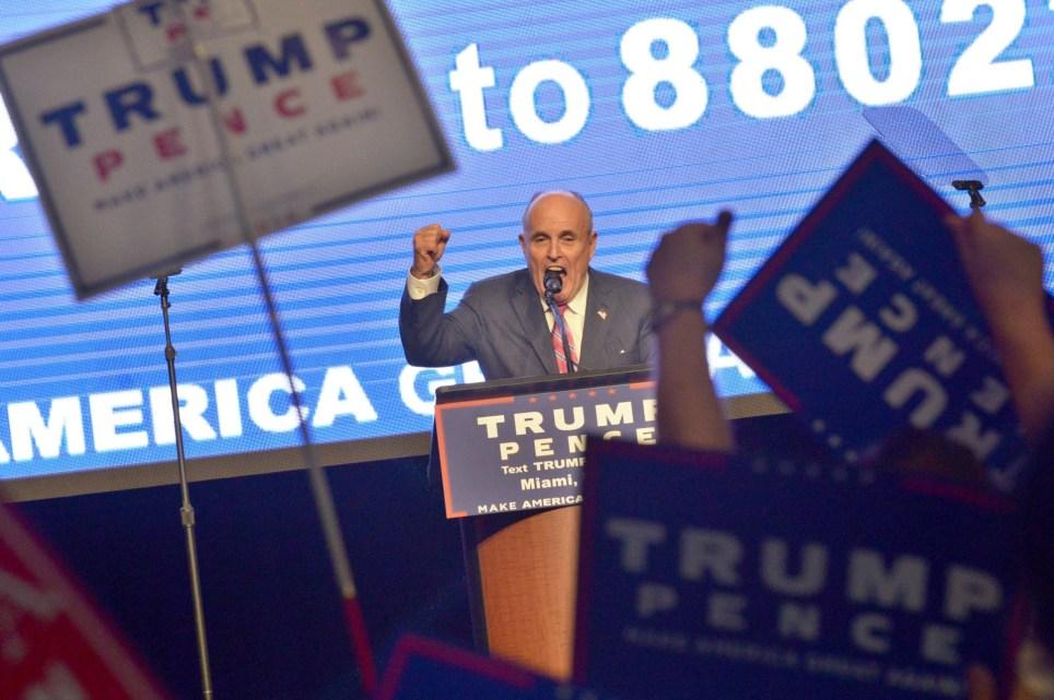El exalcalde de Nueva York Rudy Giuliani, en un acto de campaña de Donald Trump para las elecciones de 2016. EFE/Giorgio Viera