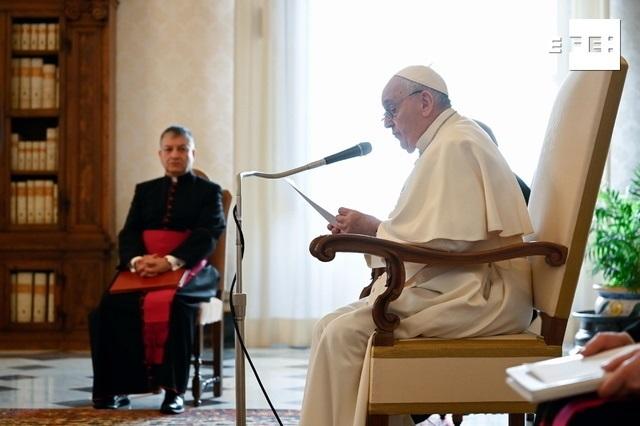 Foto del papa durante su audiencia general el 13 de enero. EFE/EPA/Distribuida por el Vaticano.