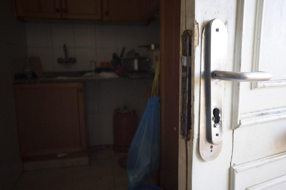 Piso realquilado a un trabajador en un edificio abandonado de Ibiza. EFE/Sergio G. Cañizares