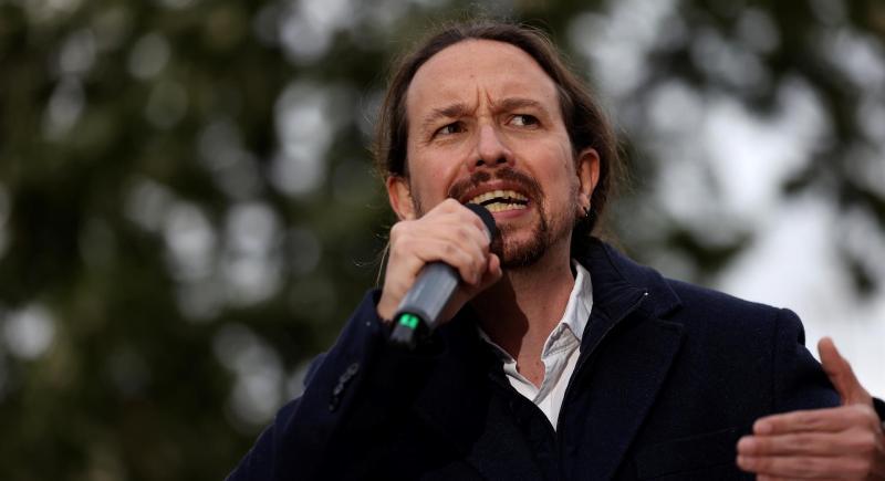 El candidato de Unidas Podemos a la Comunidad de Madrid, Pablo Iglesias, interviene durante un acto electoral en el barrio madrileño de Villaverde Alto. EFE/ Juanjo Martín