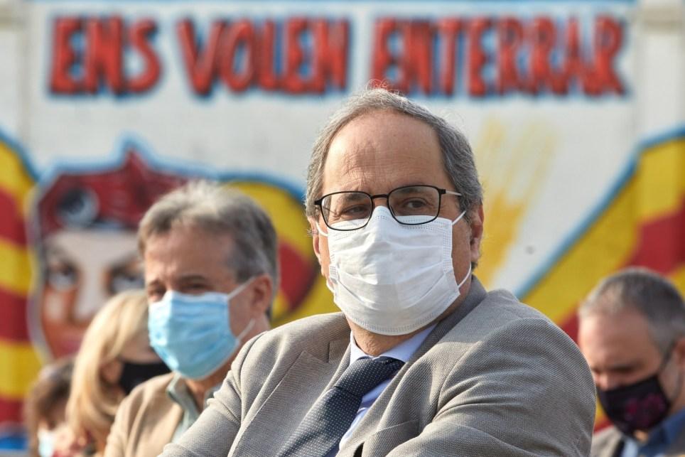 El expresidente de la Generalitat Quim Torra participa en un acto conmemorativo del 1-O en Cornellà del Terri (Girona, noreste de España). EFE/David Borrat