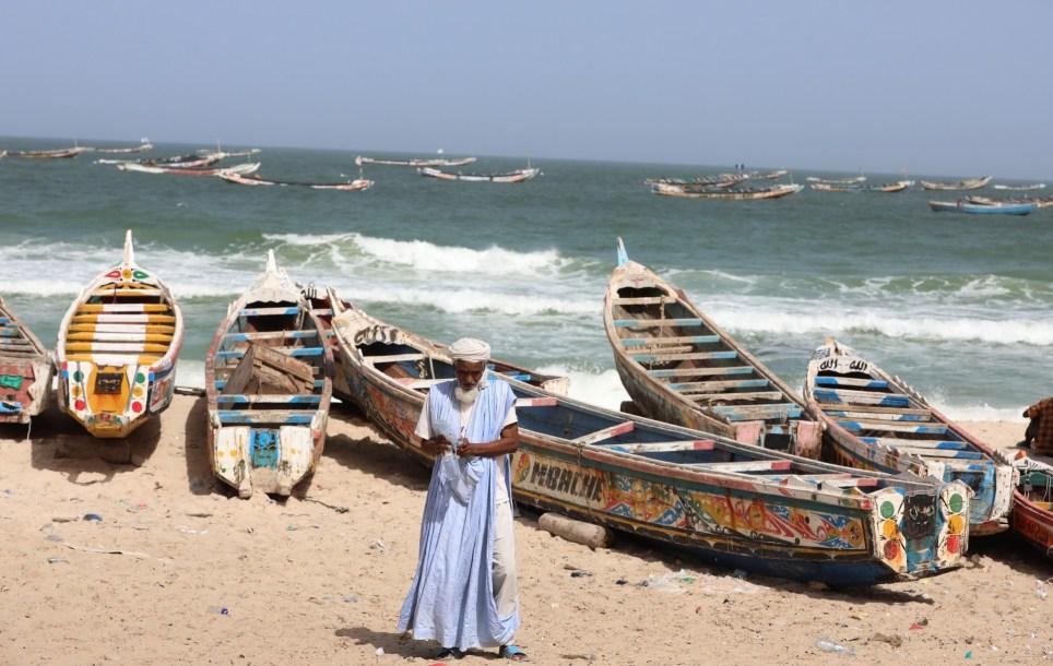 Embarcaciones de pesca en la costa de Nouakchott. EFE/EPA/Mohamed Messara/Archivo.