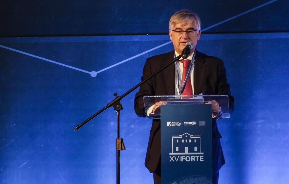 En la imagen, el diplomático español Ignacio Ybáñez, embajador de la Unión Europea en Brasil. EFE/ Antonio Lacerda/Archivo
